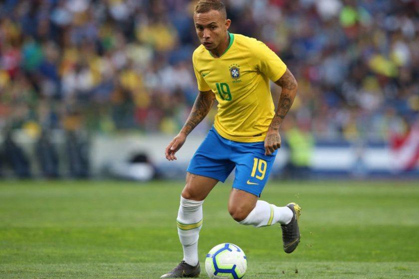 Everton Soares – A Brazilian Professional Football Player, Representing The Club Gremio, Who Started His Professional Football Career with Gremio in October 2013