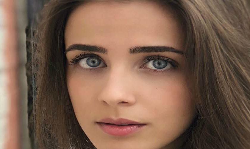 Julia Tomasone