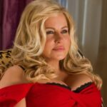 Jennifer Coolidge–An American actress best recognized for her role in the 'American Pie' movie series as Jeanine Stifler.
