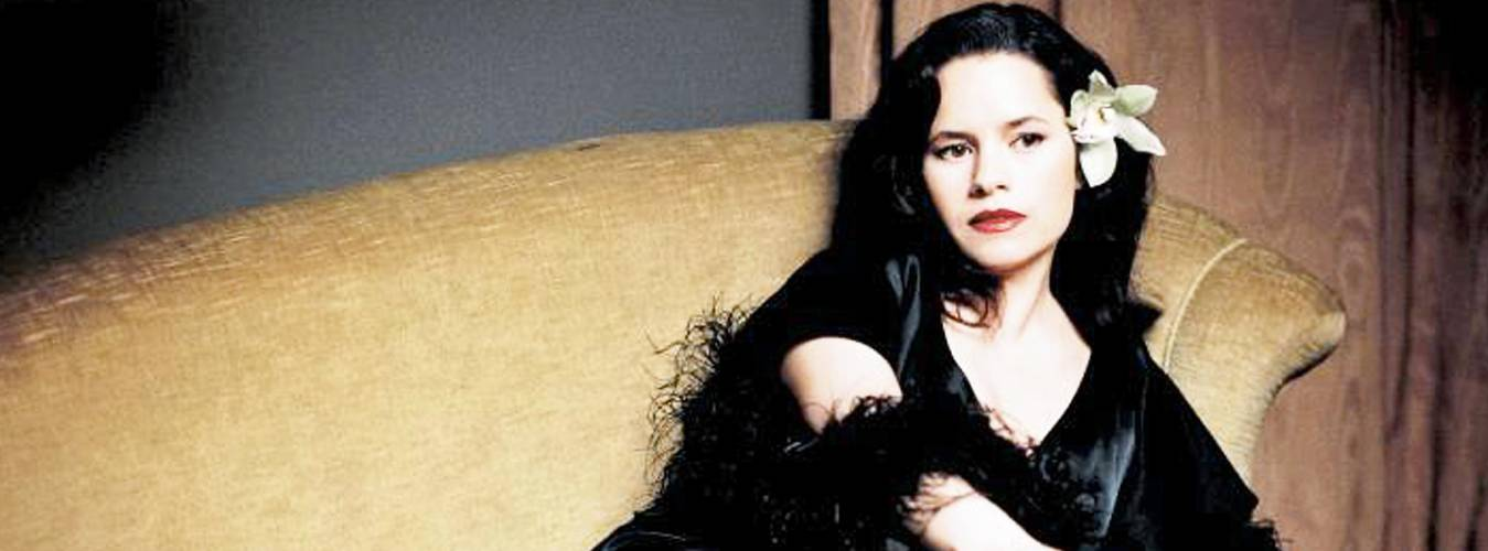 Natalie Merchant Net Worth – Learn About Her Income From Her Singing Career