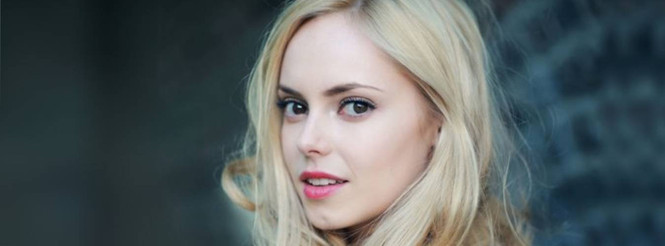 Hannah Tointon Net Worth – Discover Salary of Hannah From Her Acting Career